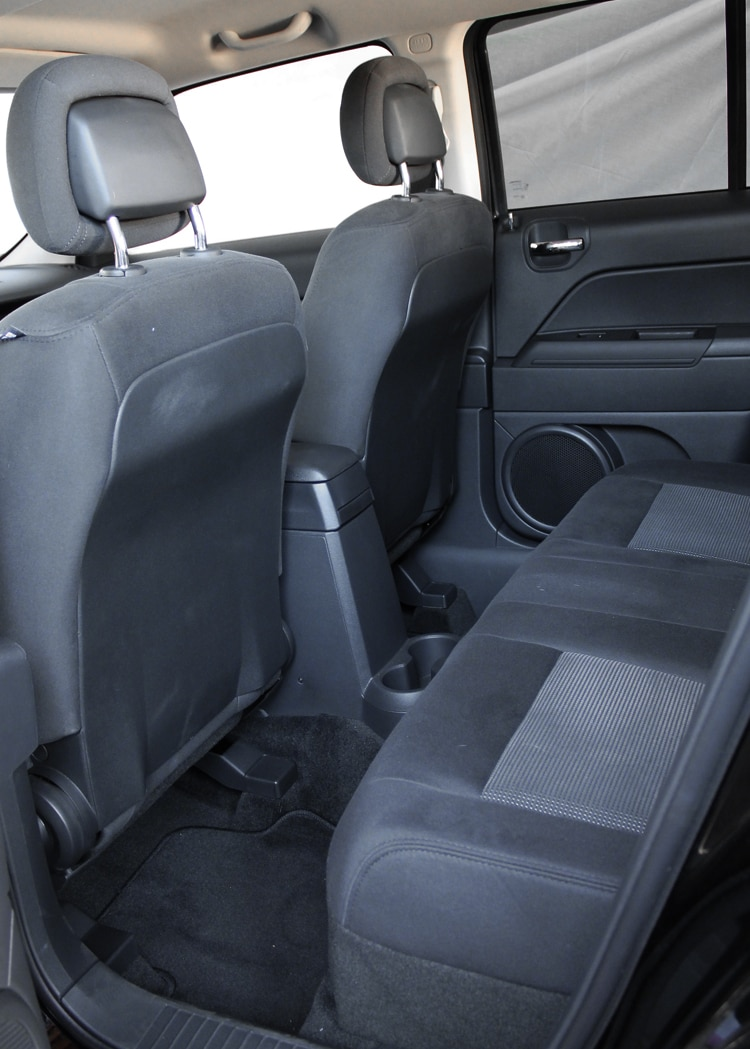 2013 Jeep Patriot Latitude 4X4 Back Seats