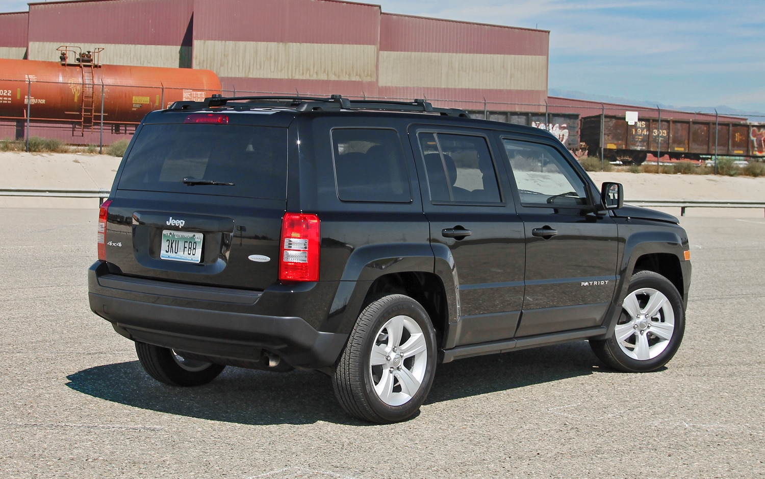 2013 Jeep Patriot Latitude 4X4 Rear View 01