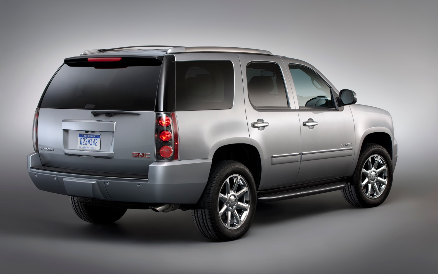 2013 GMC Yukon Denali Rear