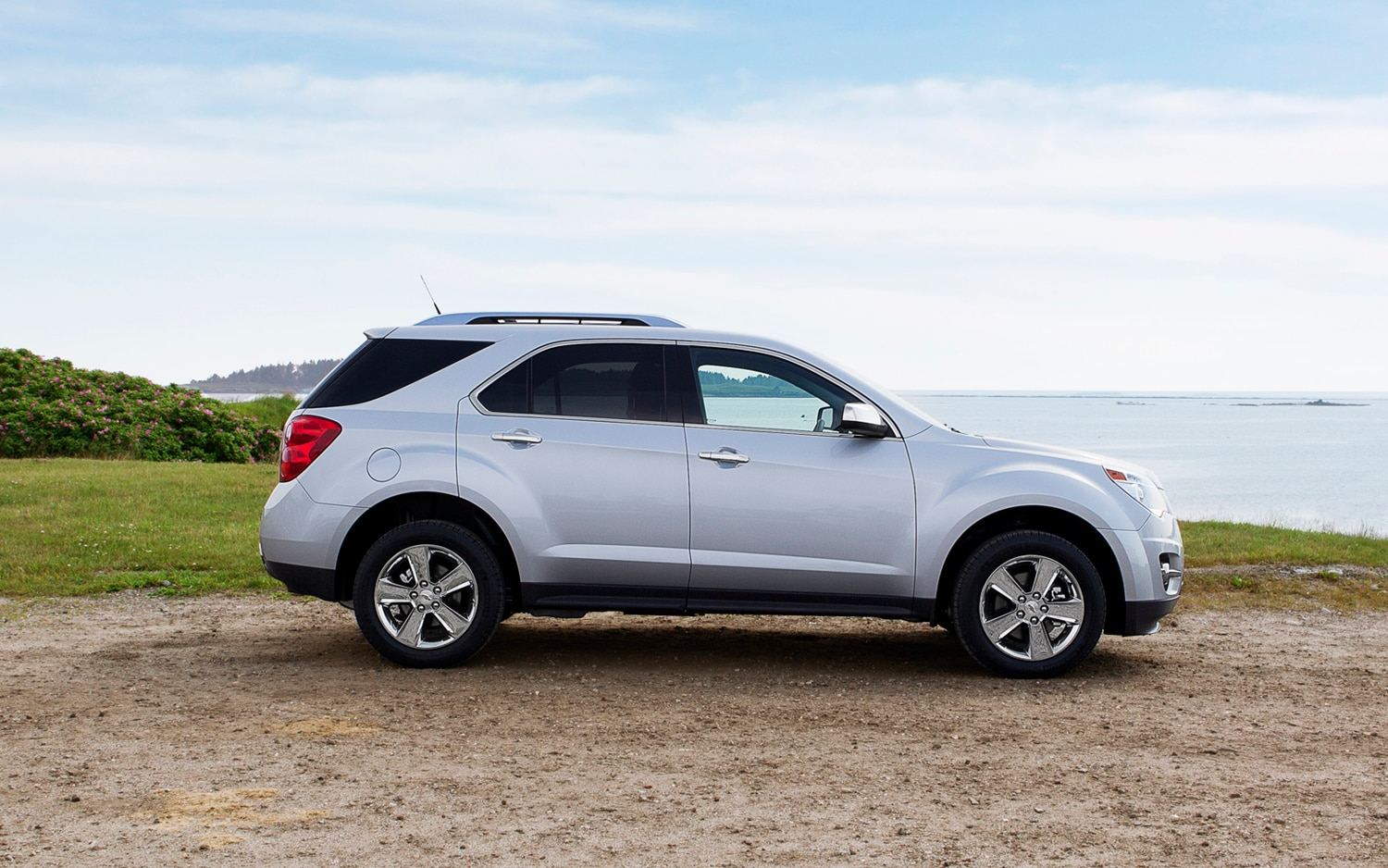 2013 Chevrolet Equinox Side View