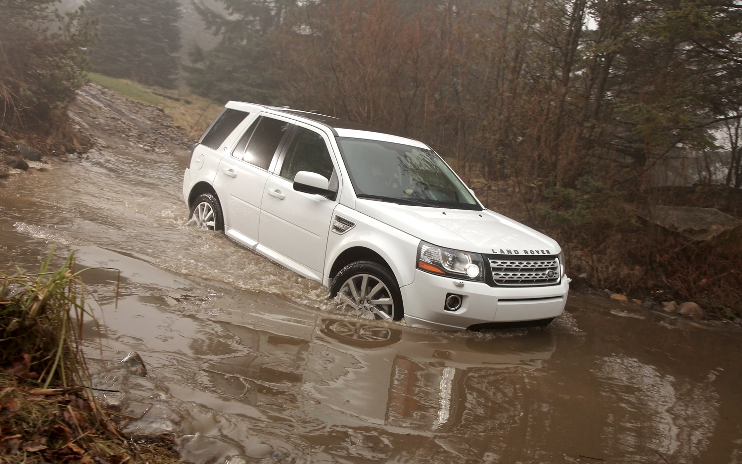 2013 Land Rover LR2 Front Three Quarter In Water