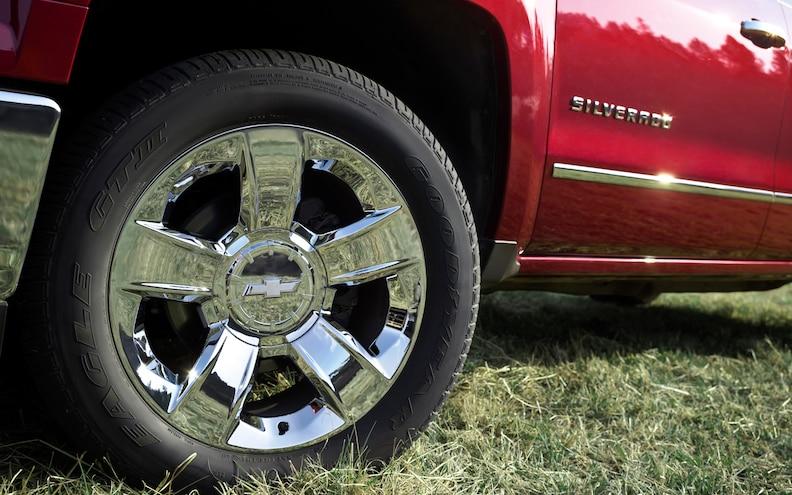 2014 Chevrolet Silverado 1500 First Drive - Truck Trend