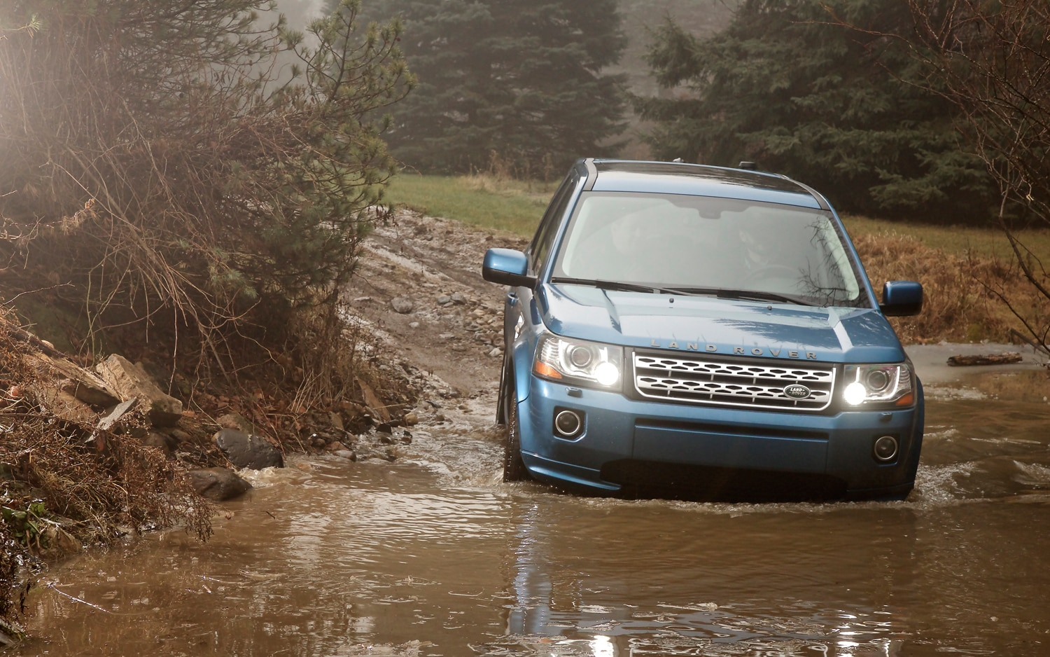 2013 Land Rover LR2 Front View Off Roading