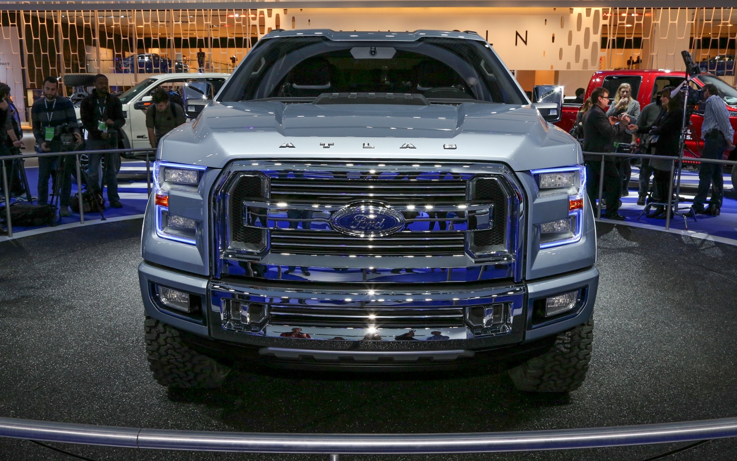 Ford Atlas Concept Front End 2