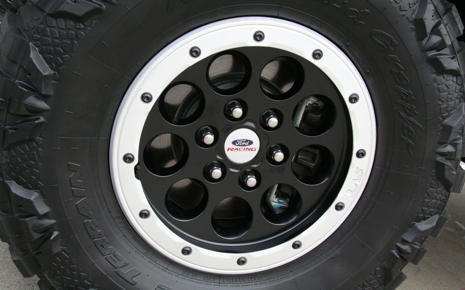 2013 Ford F150 Raptor Halo 4 Beadlock Wheel
