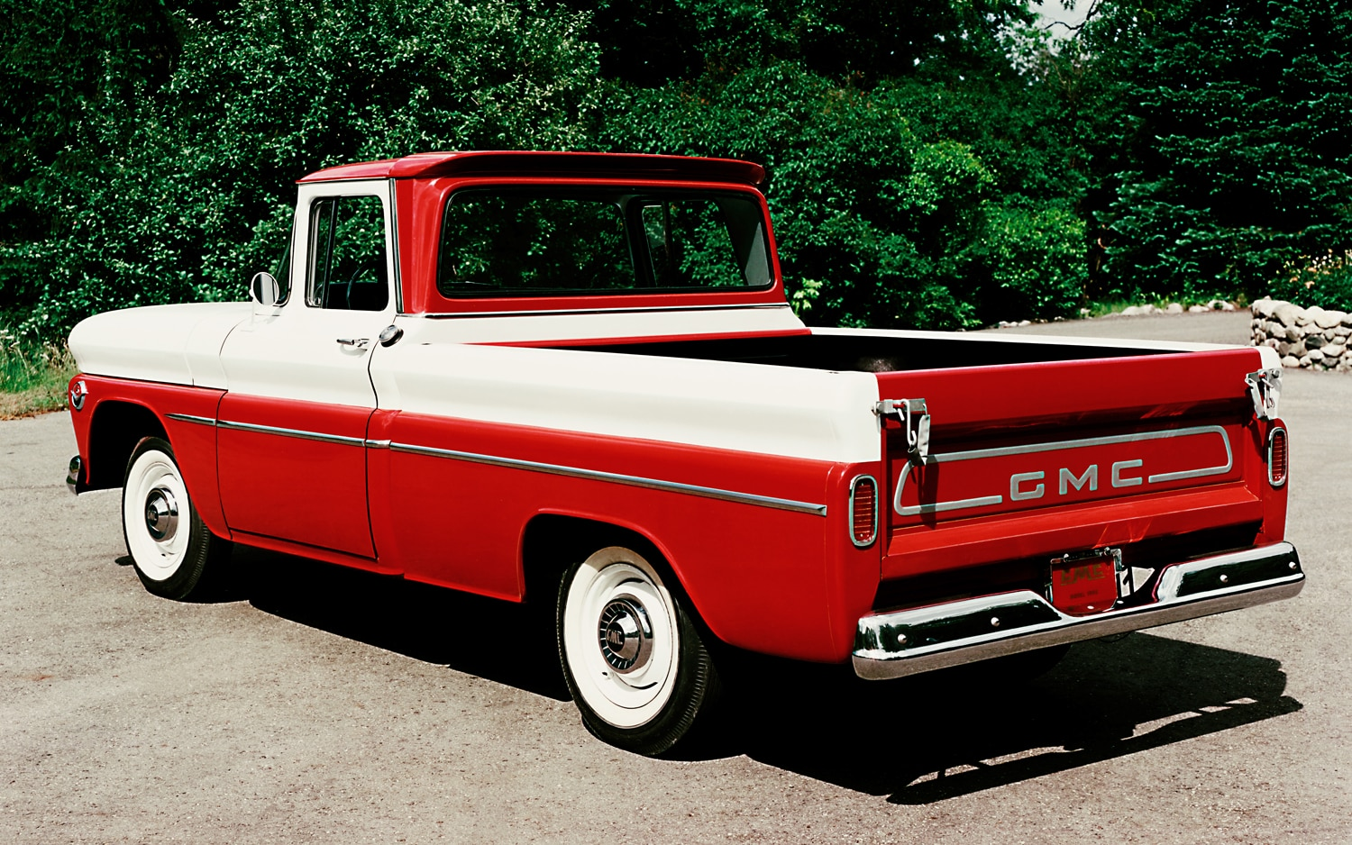 1960 GMC Model 1000 Wideside Pickup Truck