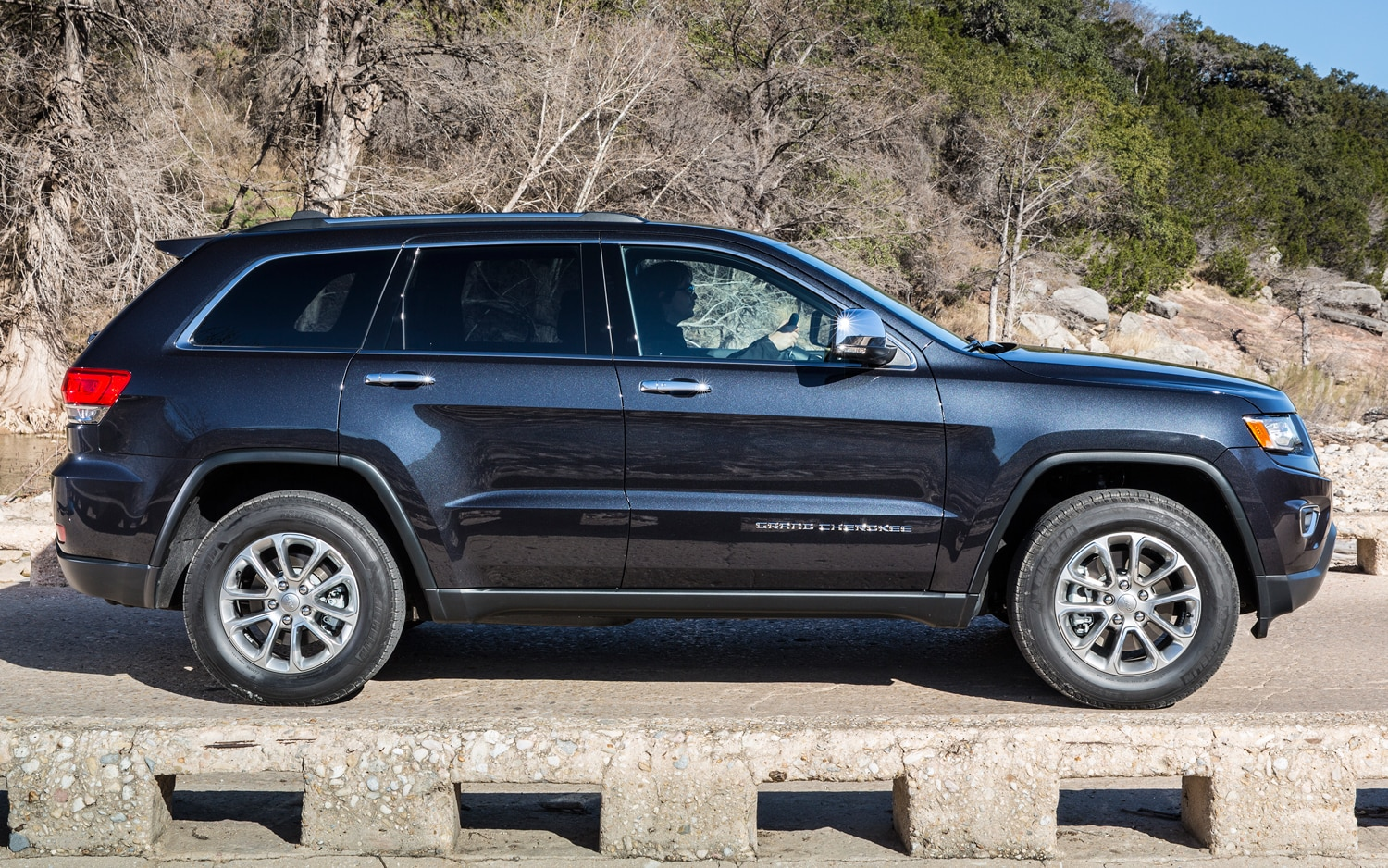 2014 Jeep Grand Cherokee Diesel Side