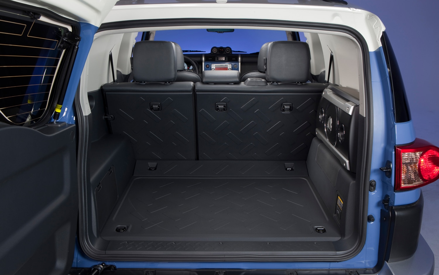 2013 Toyota FJ Cruiser Rear Cargo Space