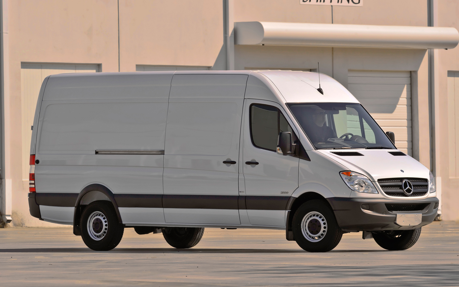 Mercedes-Benz Recognizes Kitchens on Wheels as Official Sprinter