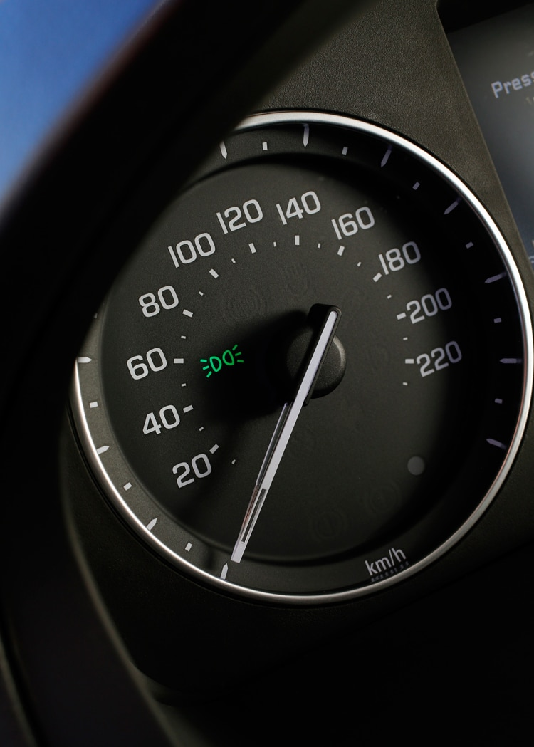 2013 Land Rover LR2 Speedo