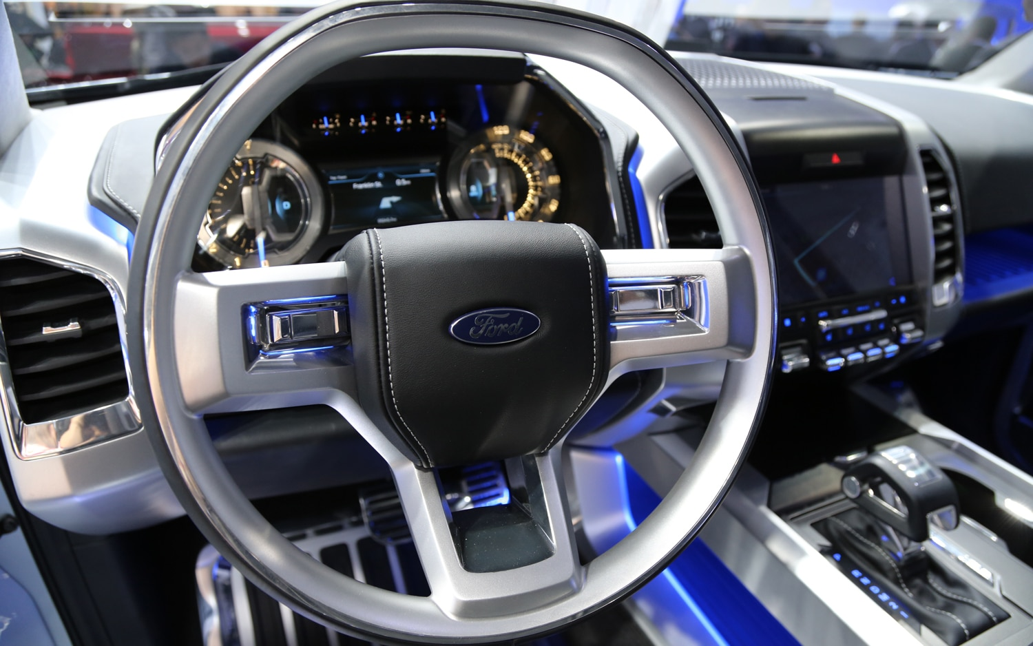 Ford Atlas Concept Steering Wheel