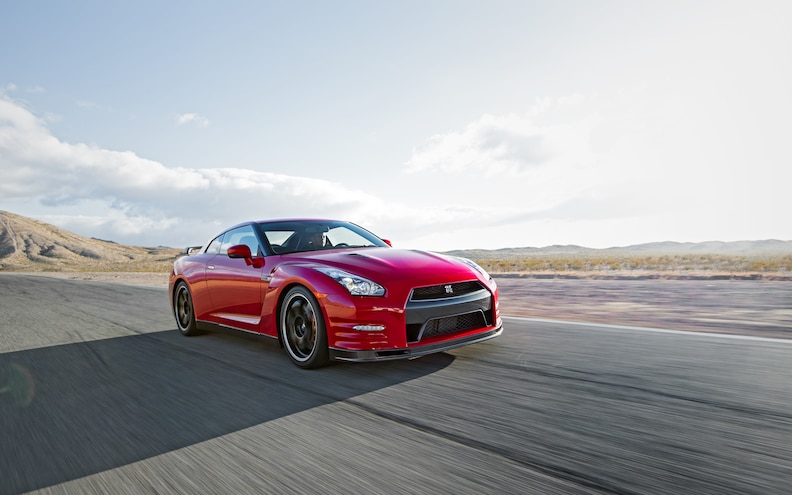 2014 Nissan GT-R Track Edition First Test