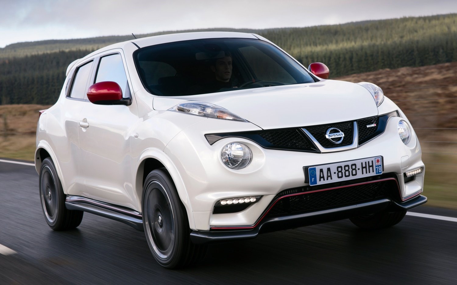 2013 Nissan Juke Nismo Front Three Quarters