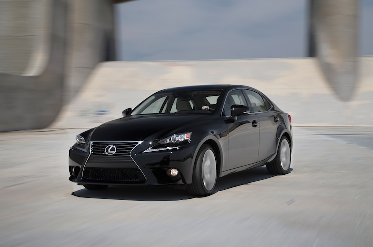 2014 Lexus IS 350 AWD Front Three Quarter Turn