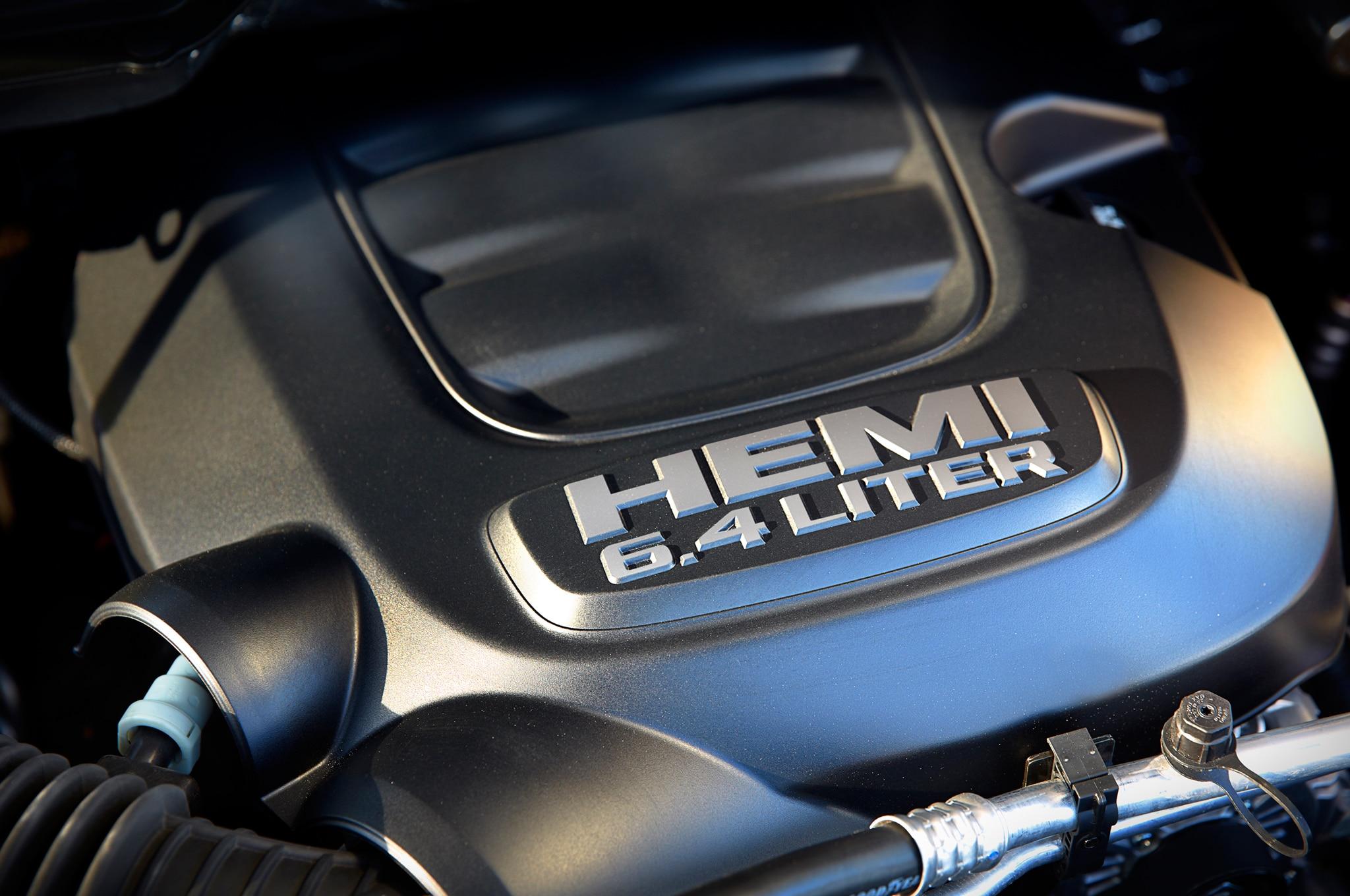 Ram 6 4 Hemi >> 2014 Ram Heavy Duty 6 4 Liter Hemi V 8 Truckin Magazine