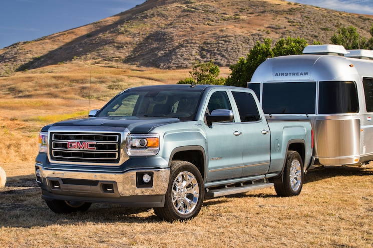 GMC Truck Customer Sues GM for Towing Misrepresentation