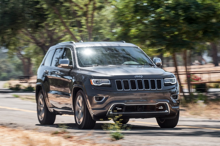 2014 Jeep Grand Cherokee V-6 and V-8 First Tests