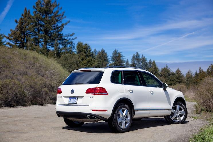 2014 Volkswagen Touareg TDI Passengers Side
