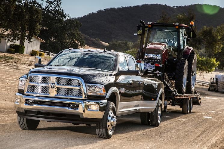 2014 Ram 3500 Heavy Duty Dualie Laramie Towing