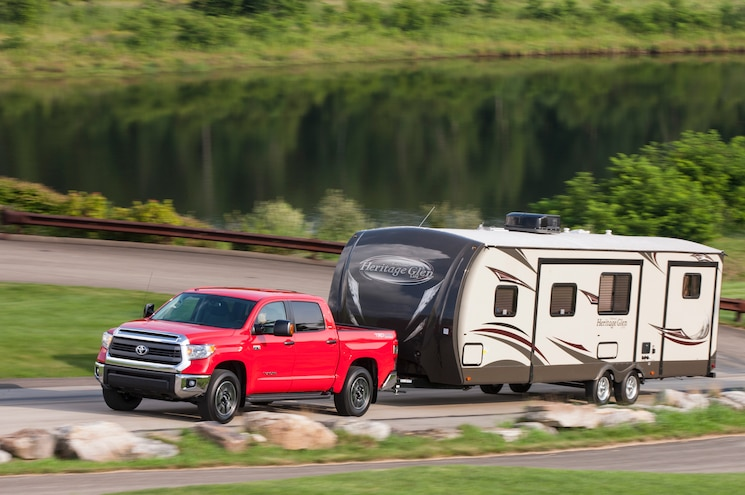 2014 Toyota Tundra SR5 TRD 4x4 Offroad Towing