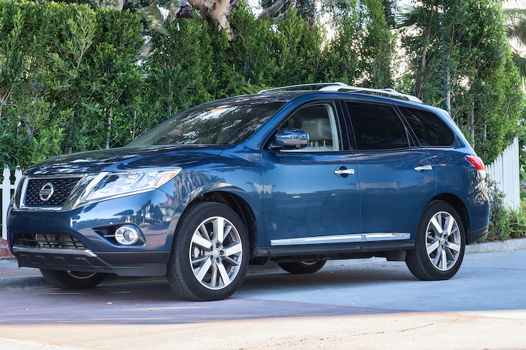 2014 Nissan Pathfinder With Almond Interior Recalled for Airbag Issue