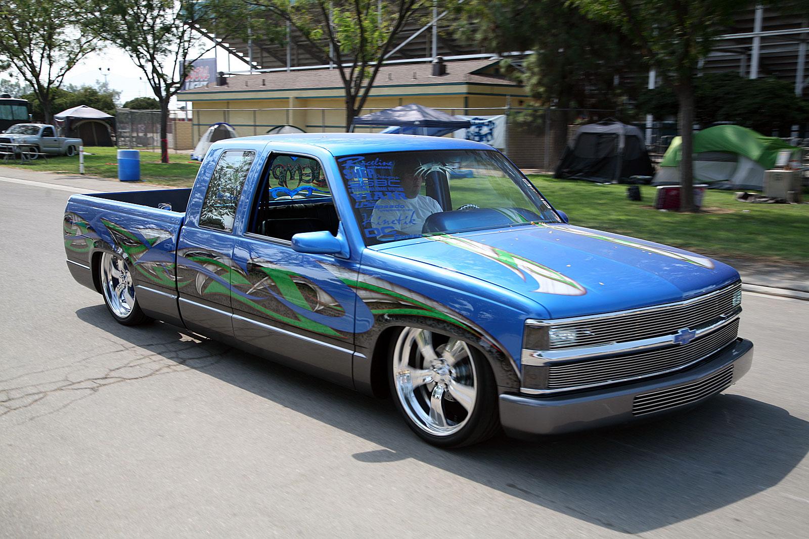 2013 Summer Madness - Truck Show - Truckin
