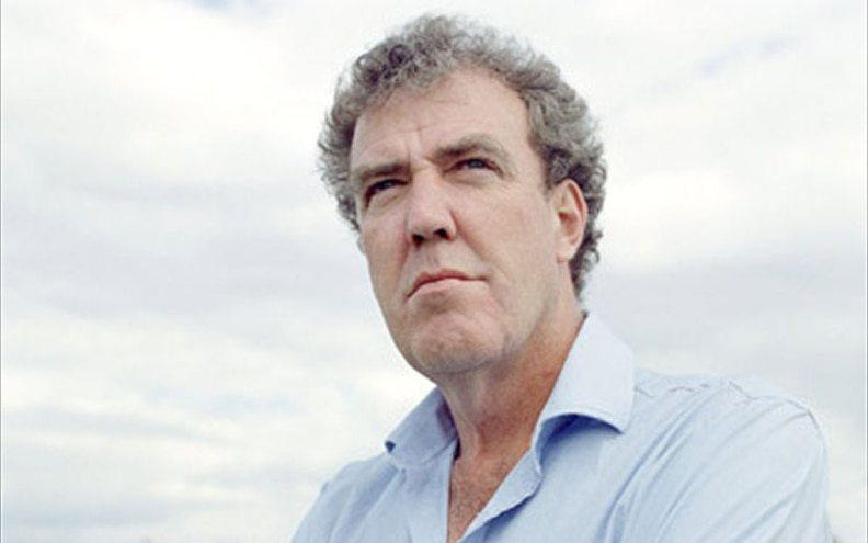 "Petition to Reinstate ""Top Gear"" Host Jeremy Clarkson Hits 500,000 Sigs"