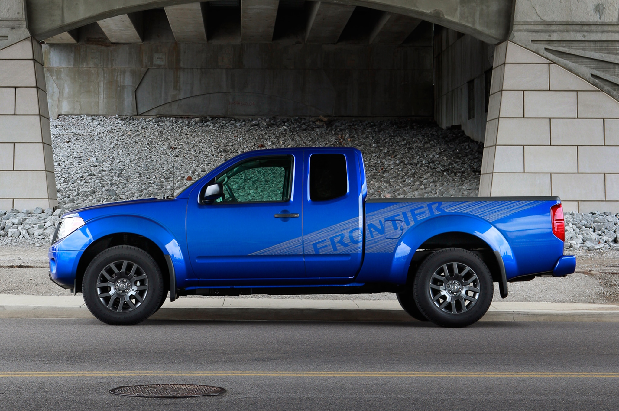 Dimensions 2015 Chevrolet Colorado Vs Nissan Frontier Toyota