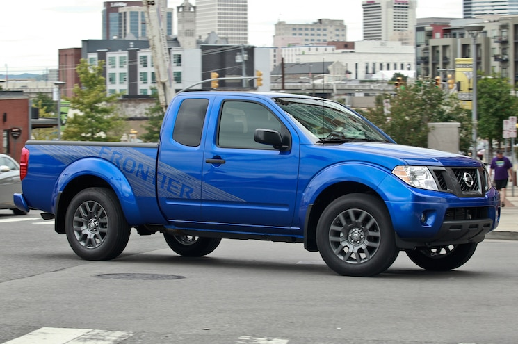 2013 Nissan Frontier King Cab Three Quarters View