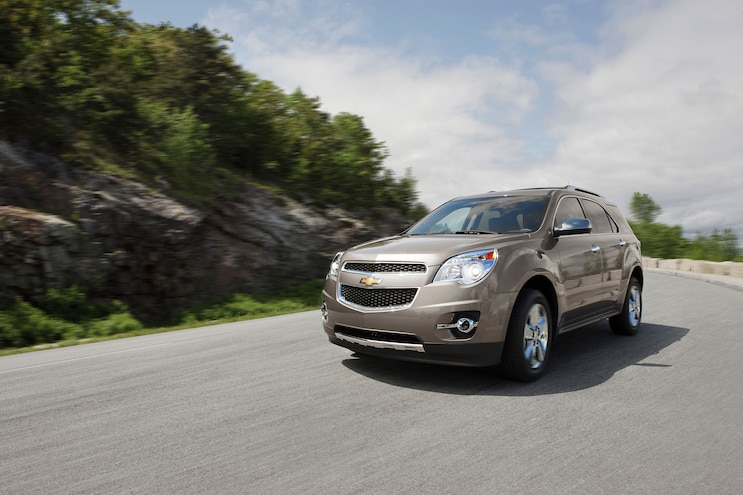 2014 Chevrolet Equinox LTZ Front Three Quarters In Motion
