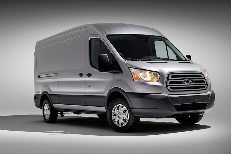 Kansas City Gets Ready for 2015 Ford Transit by Hiring 1000 New Workers