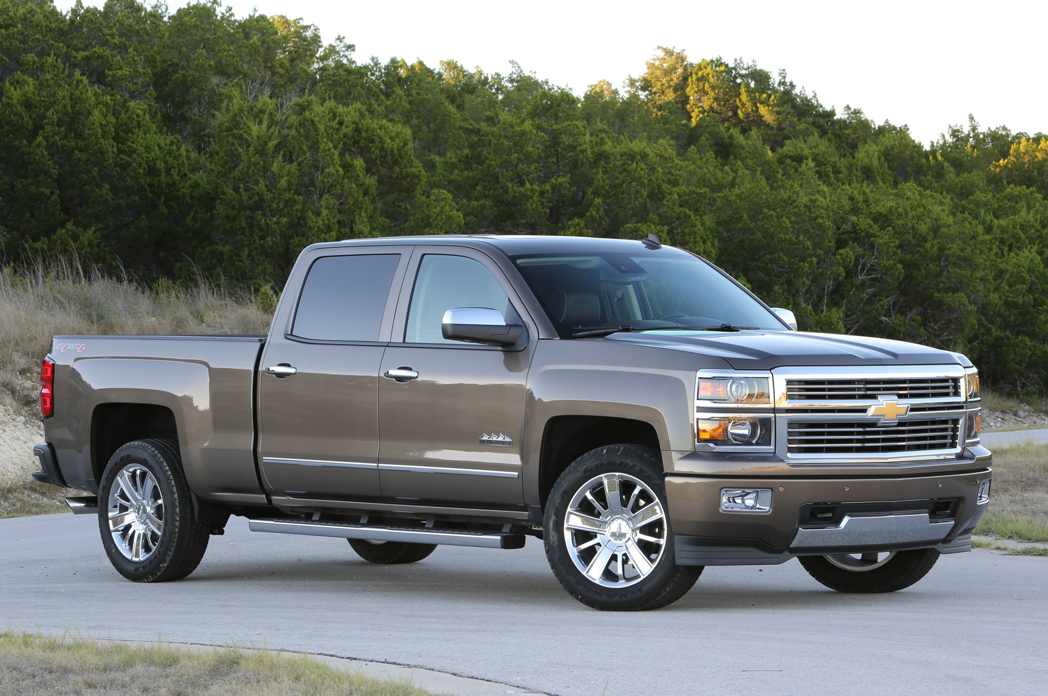 2014 Chevrolet Silverado High Country and GMC Sierra Denali 1500 6.2 First Drive