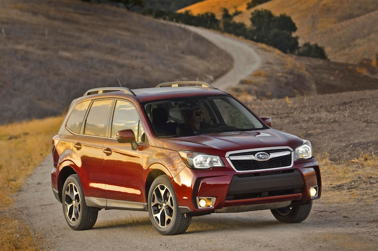 2014 Subaru Forester Front Right Side View