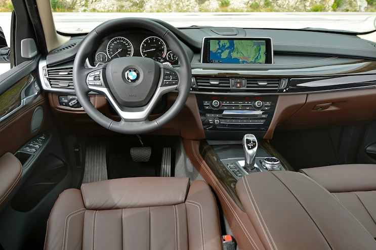 2014 BMW X5 XDrive50i Dash Steering Wheel View