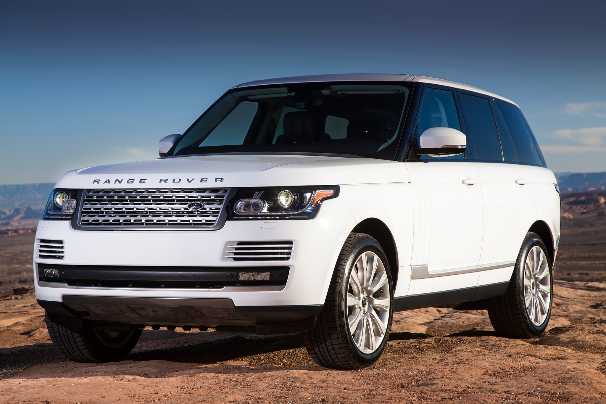 2013 2016 range rover sport models recalled for door latch. Black Bedroom Furniture Sets. Home Design Ideas