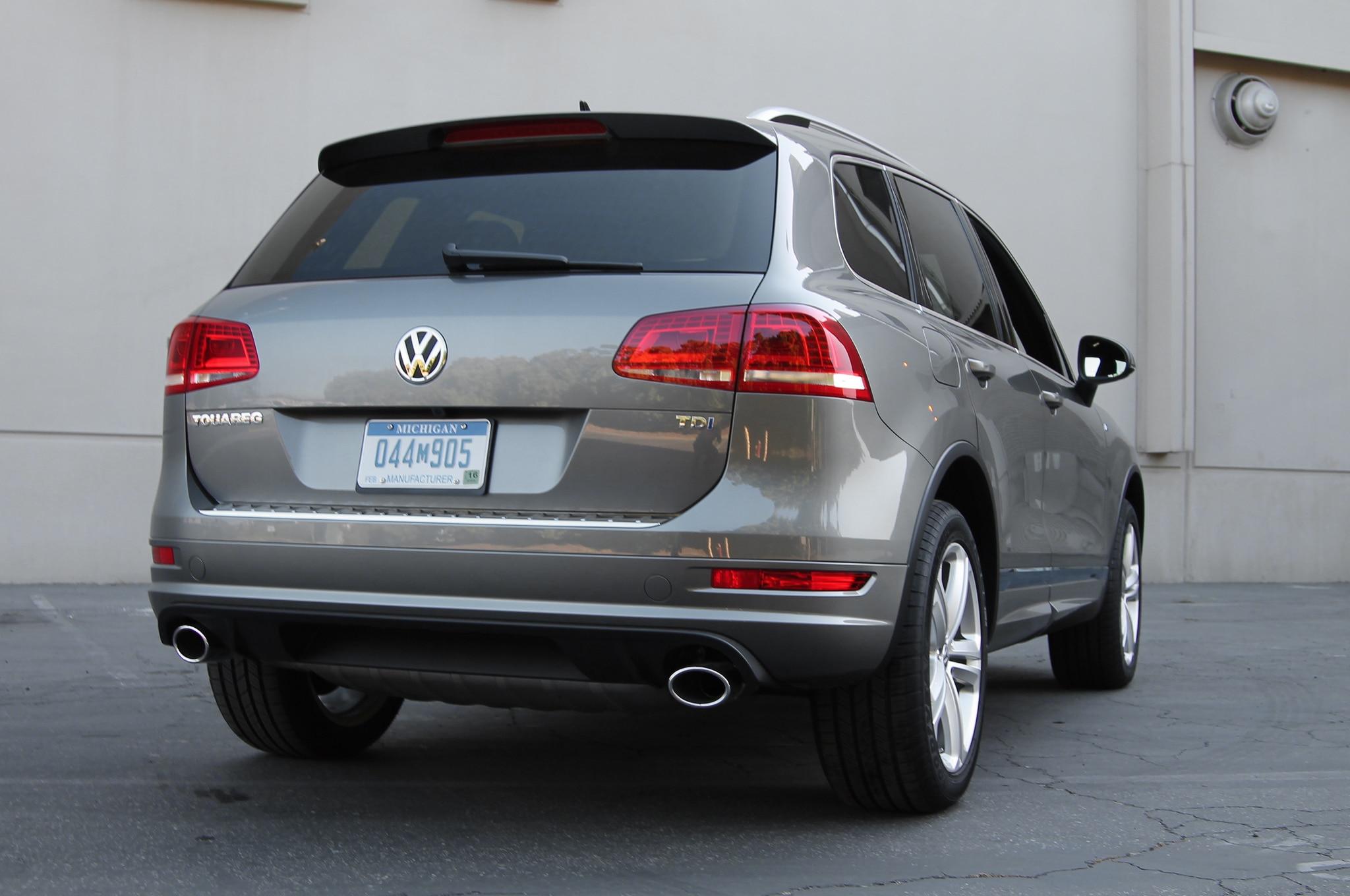 2014 Volkswagen Touareg TDI R-Line First Test - Truck Trend