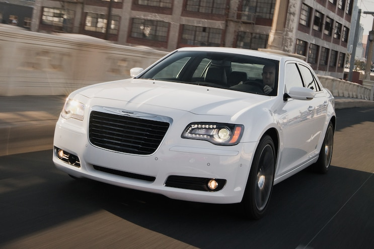 2013 Chrysler 300S Grille View 2