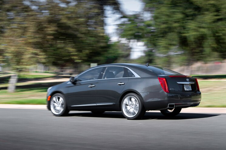 2014 Cadillac Xts Vsport Awd First Test Motor Trend