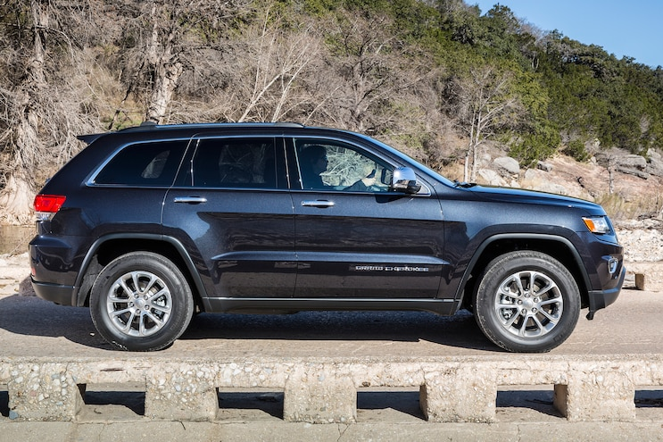 2014 Jeep Grand Cherokee Limited Profile View 1