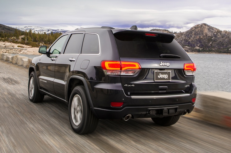 2014 Jeep Grand Cherokee Limited Rear Three Quarters View