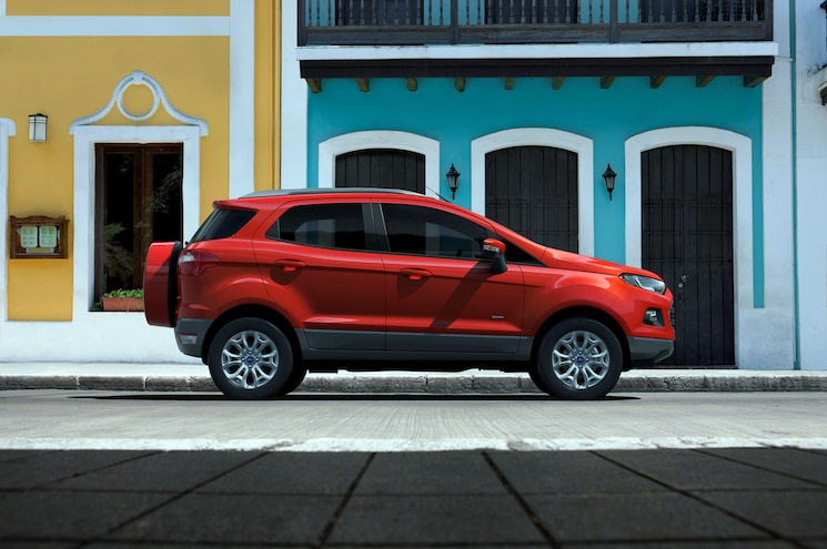 Ford EcoSport Right Side 1