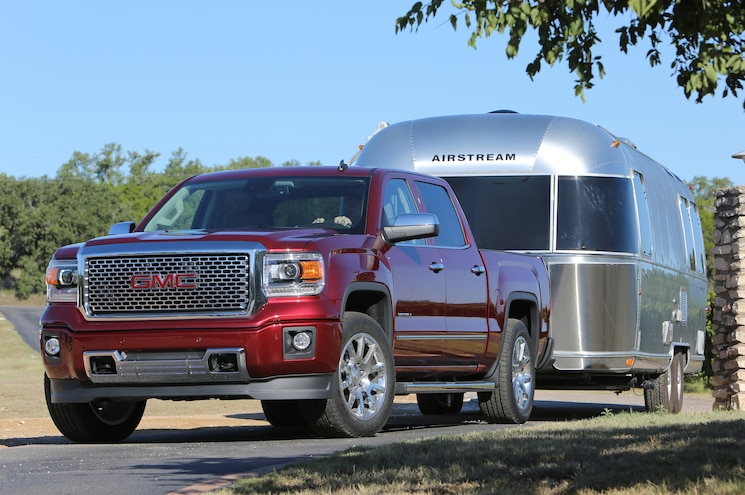2014 GMC Sierra 1500 Denali CrewCab Front View Towing