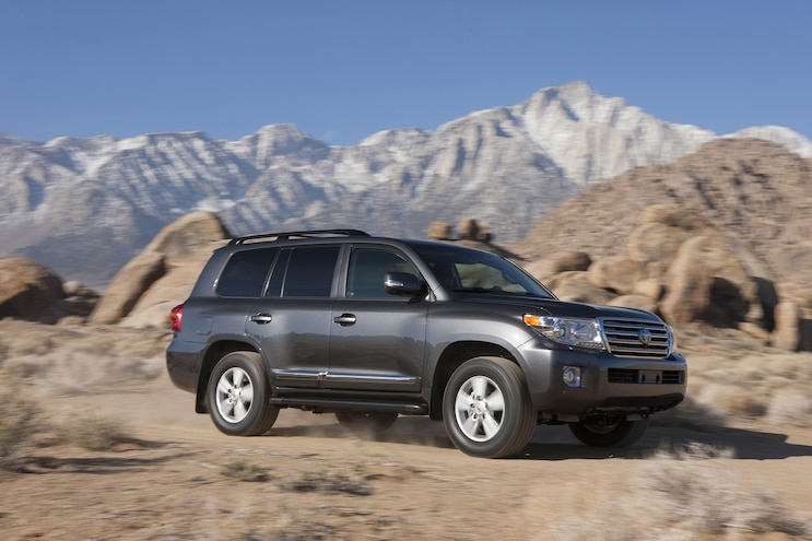 2014 Toyota Land Cruiser Front Passengers In Motion Offroad