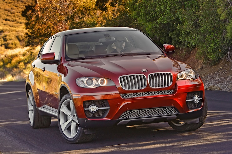 2014 BMW X6 Front Grille View