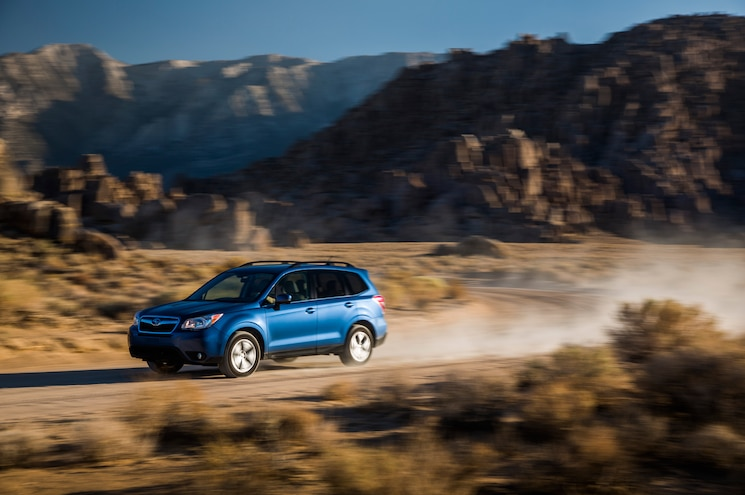 2014 Subaru Forester Front Three Quarter In Motion 03