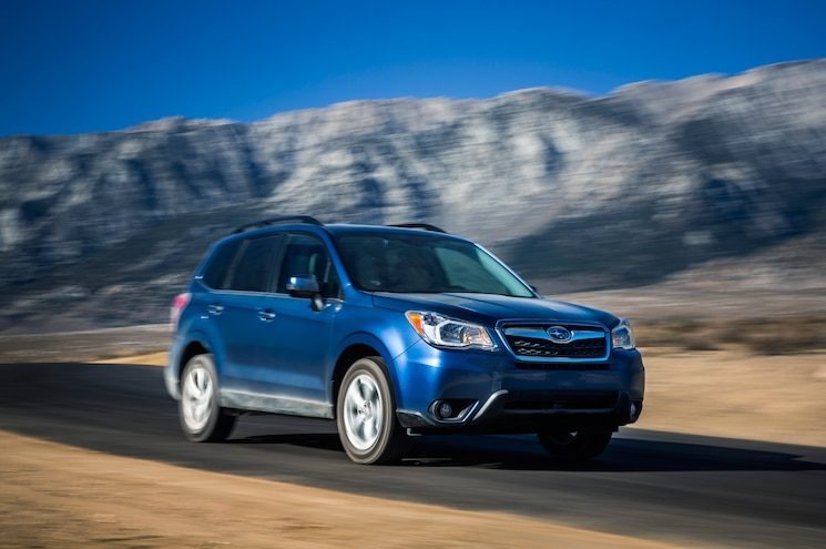 2014 Subaru Forester Front Three Quarters In Motion 07