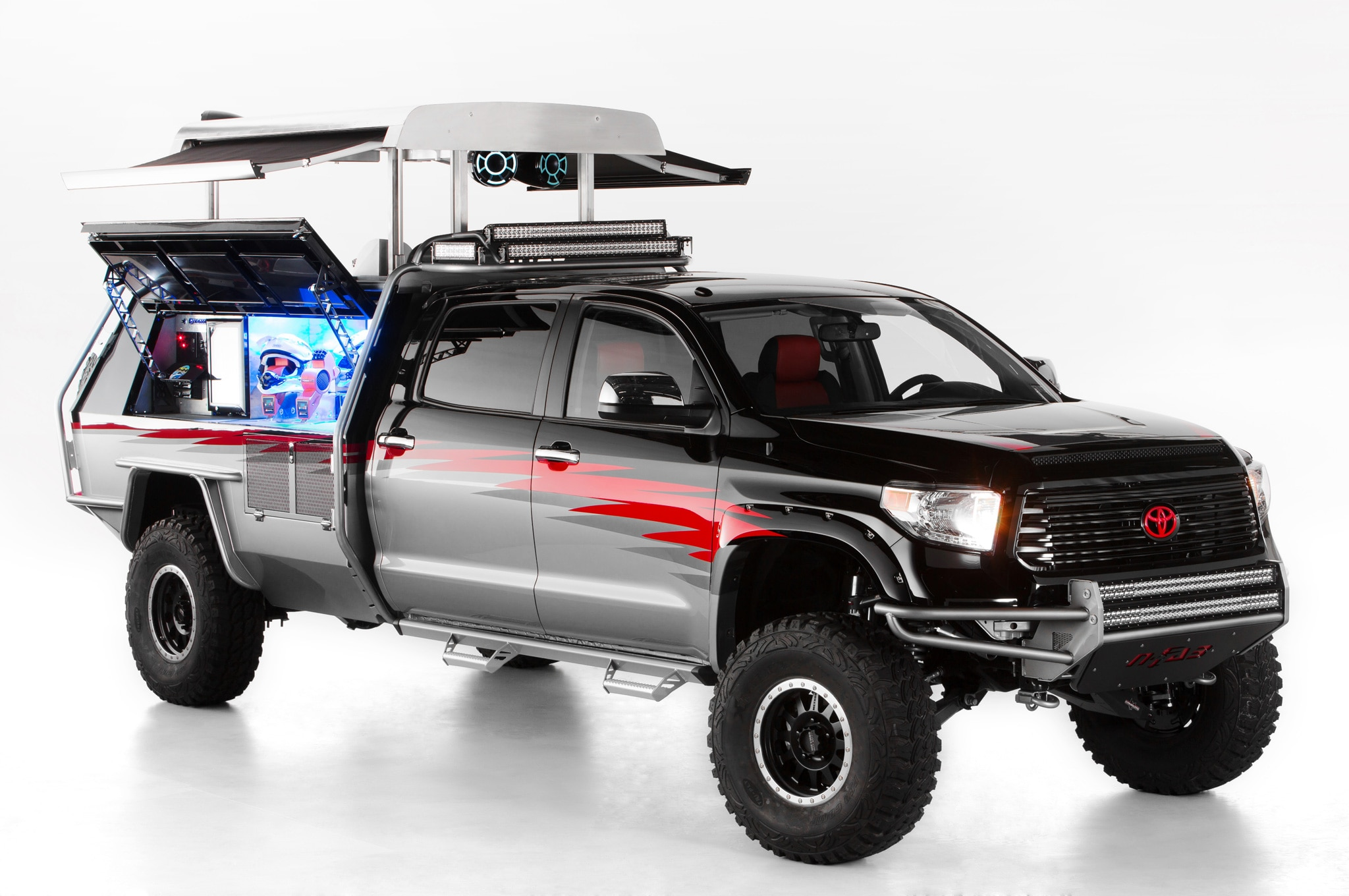 Toyota Previews SEMA Show Trucks, SUVs