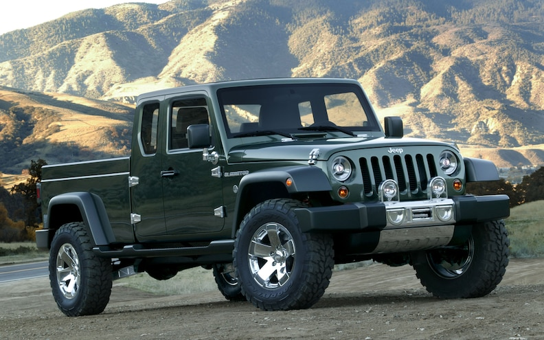 2005 Jeep Gladiator Concept Front Three Quarter