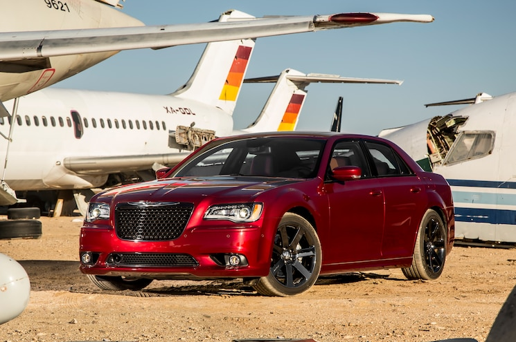 2014 Chrysler 300 SRT Front Three Quarters