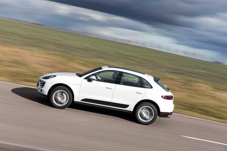 2015 Porsche Macan S Side In Motion